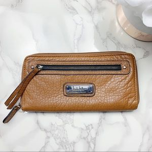 Nicole Miller Brown Zip Wallet